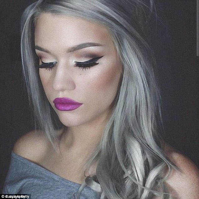 Dark-Hair-with-Blonde-Highlights-Greyish-blonde