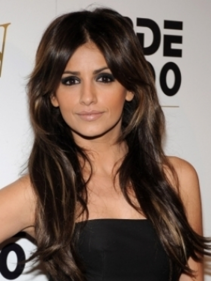 Elegant Long Shag Hairstyles Middle parted layered shag