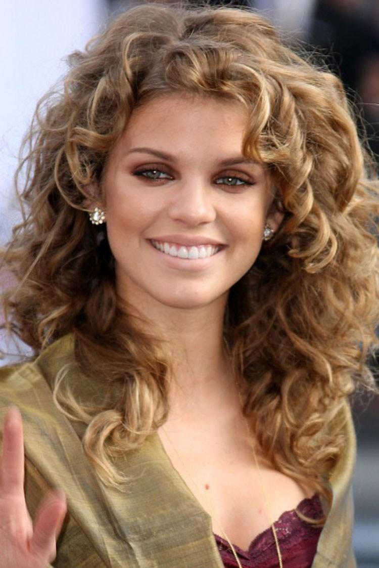 Medium length wavy hairstyles layered curls