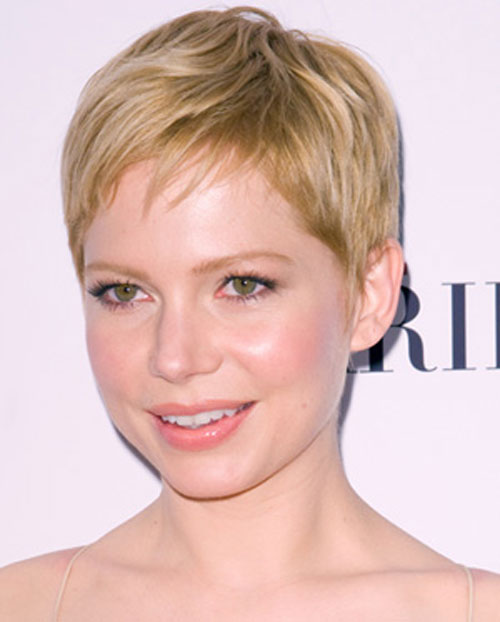 Short Hairstyles for Round Faces Round face fix