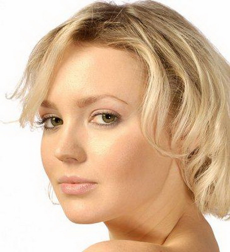 Short Hairstyles for Round Faces Short flicks