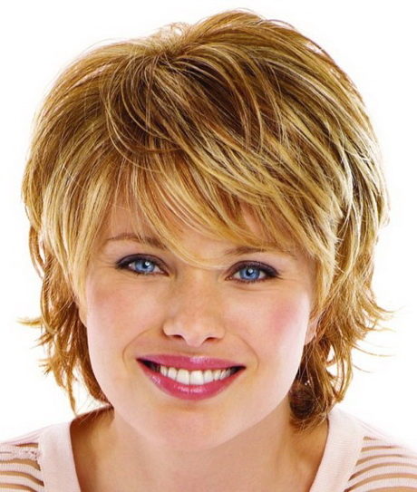 Short Hairstyles for Round faces Delicate feathers