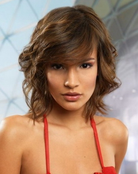 Short layered hairstyles Soft casual blowout