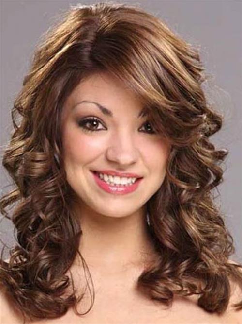 Shoulder length hairstyles Shuttered bangs