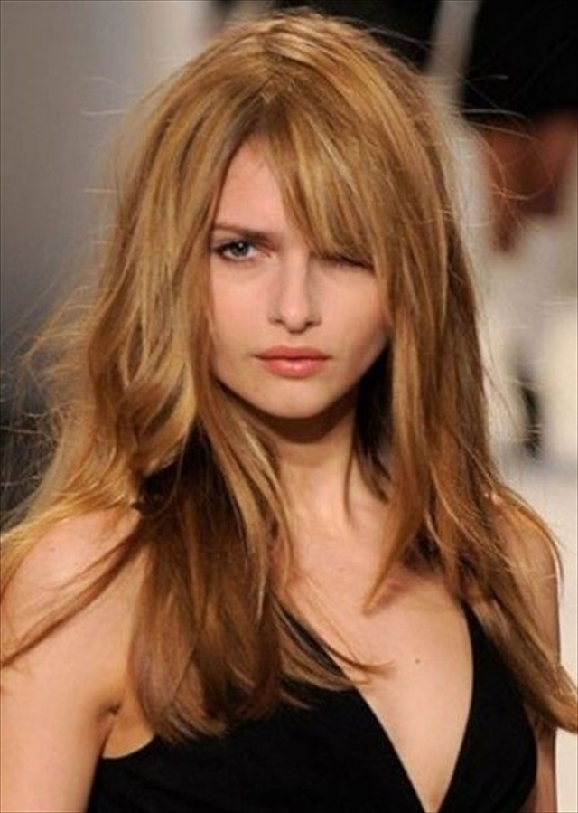 Stunning Haircuts for Long Thick Hair Beachy waves