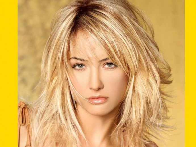 Stunning Haircuts for Long Thick Hair Flips and turns