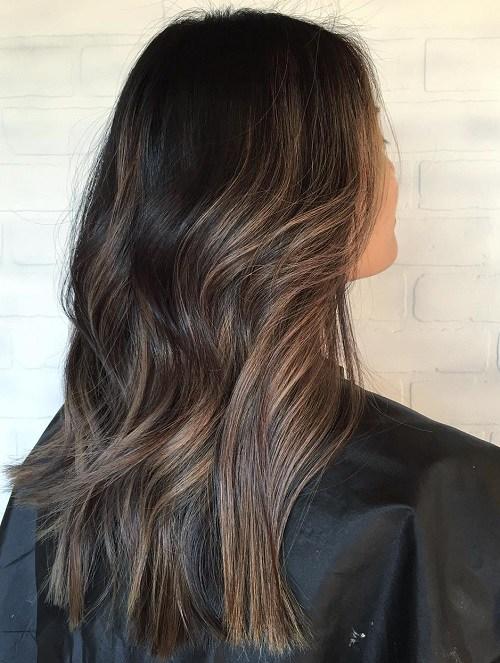 Subtle bronzed streaks