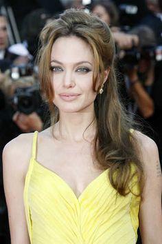 angeliana-jolie-long-half-up-do-celebritry-long-hairstyle