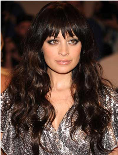 bohemian-waves-with-heavy-wavy-hairstyle-for-women