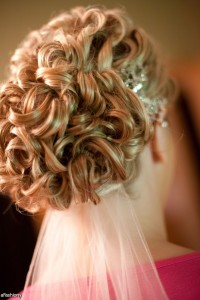 hairstyle-for-women-victorial-curly-heavy-up-do-style