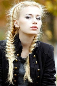 how-to-curl-yopur-hair-without-heat-plaits