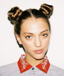 pig-bun-hairstyle-how-to-curl-hair-without-heat