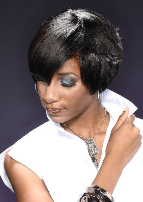 short hairstyle for african american women Classy tapered short hairstyle