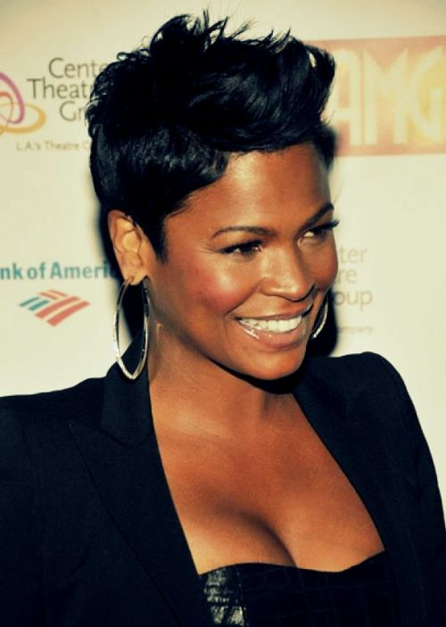 short-hairstyles-for-black-women-pixie-cut