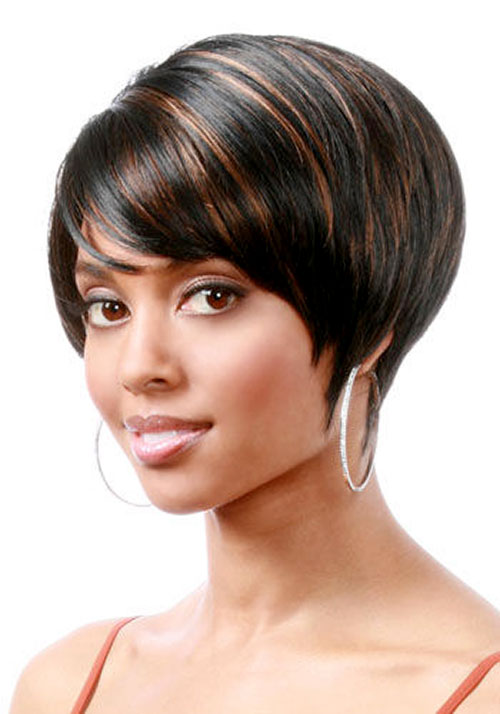 short-hairstyles-for-black-women-short-bob-cut-with-highlights