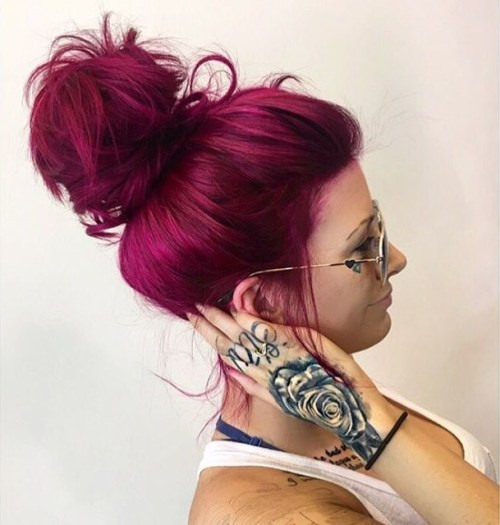 burgundy-hair-color-for-blondes