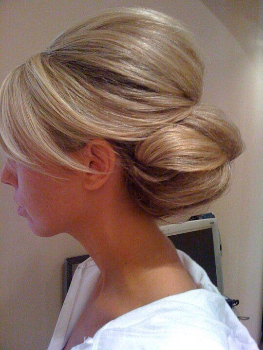 Updo for Medium Length Hair Elegant bun and chignons