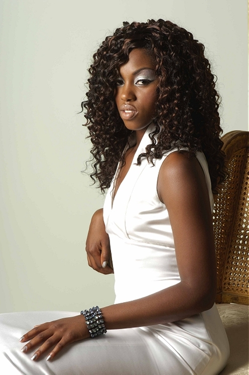 curly hairstyle for black women Dramatic look