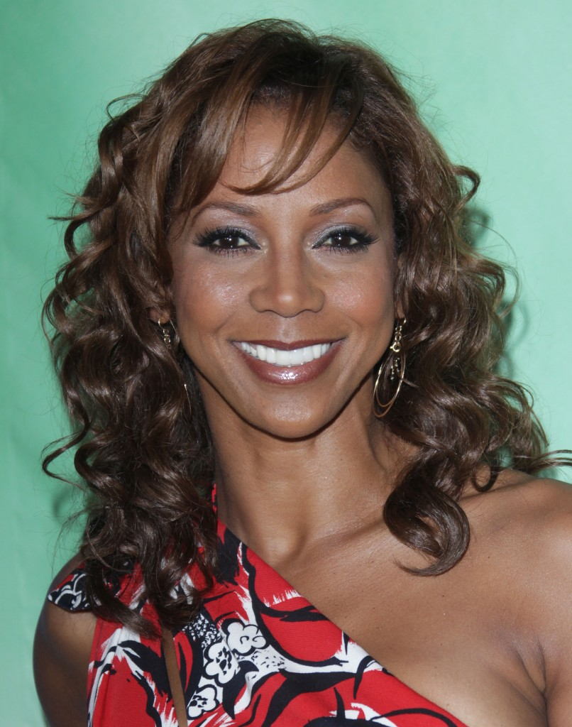 curly hairstyle for black women Long bangs with curls