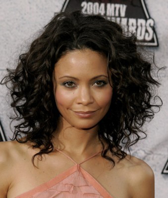 curly hairstyle for black women Wolly style