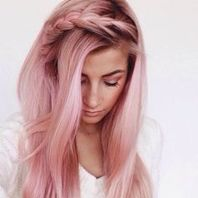 Hair colors perfectly suitable for women above 40 Pink shade