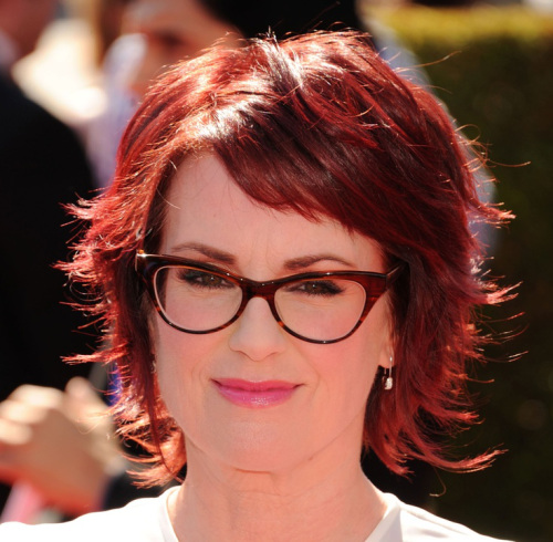 Hair colors perfectly suitable for women above 40 Romantic red