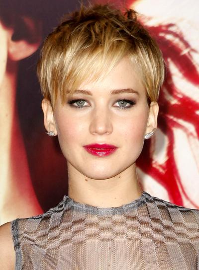Jennifer Lawrence bangs with short pixie