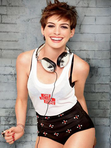 Spicy edgy hairstyles for short hair High up-do edgy pixie