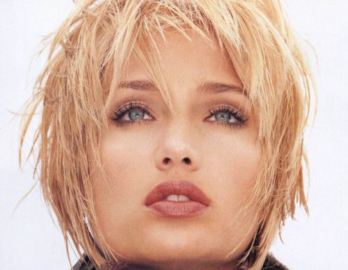 Spicy edgy hairstyles for short hair Short bob with edgy bangs