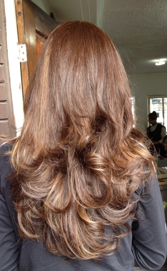 brown hair with caramel highlights Caramel highlights with tousled waves