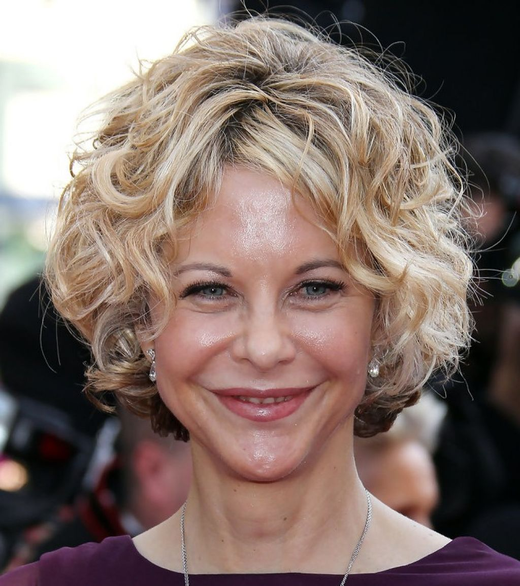 hairstyle for women above 50 Curly bob cut