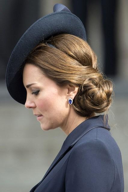 kate middleton hairstyles side bun