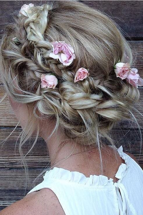 Braided hairstyles suitable for prom night Half braided hairdo with flower