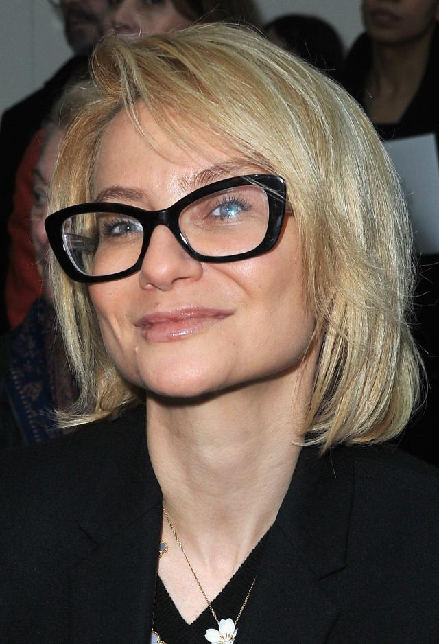 Hairstyles for Women above 50 with Fine Hair and Glasses side parted bob cut