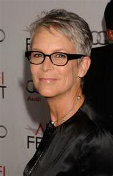 Hairstyles for Women above 50 with Fine Hair and Glasses short pixie