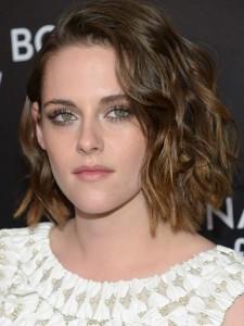 Natural hairstyles by the celebs Kristen Stewart lob cut