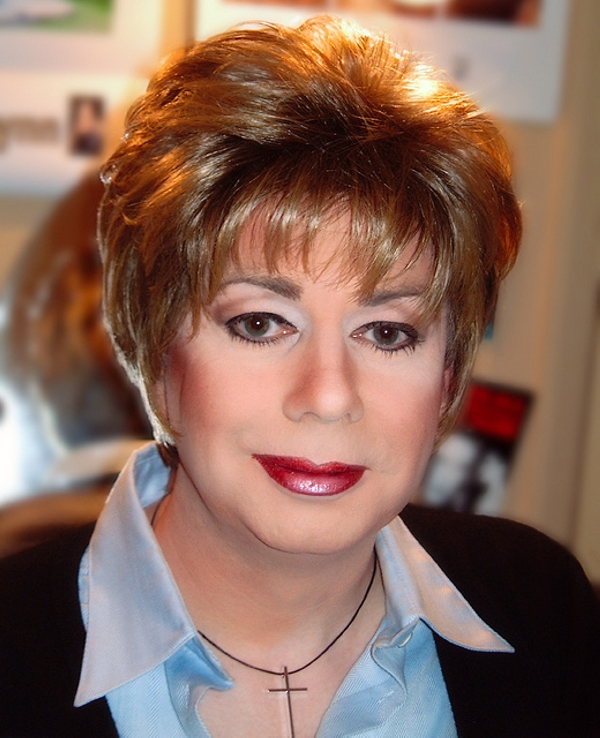 hairstyle for fat women above age 40 straight layers pixie cut