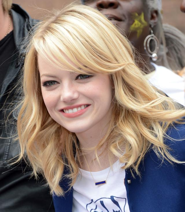 hairstyle for round faces Long bang on any style