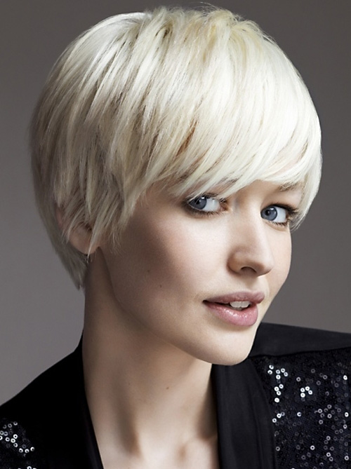 short hairstyles with bangs mushroom cut