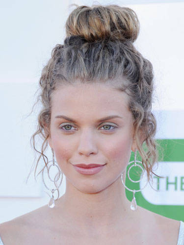 top knot hairstyles Rolls on top knot