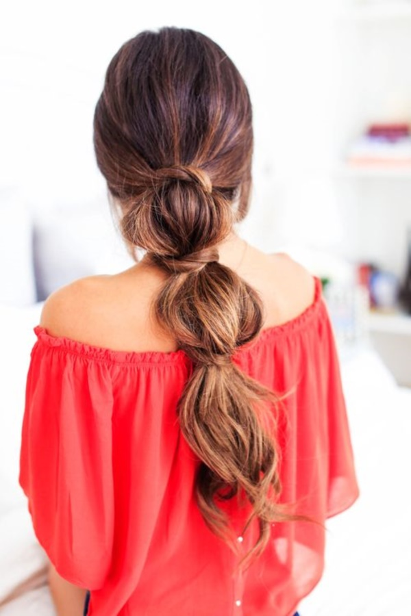 loose puff hairstyle