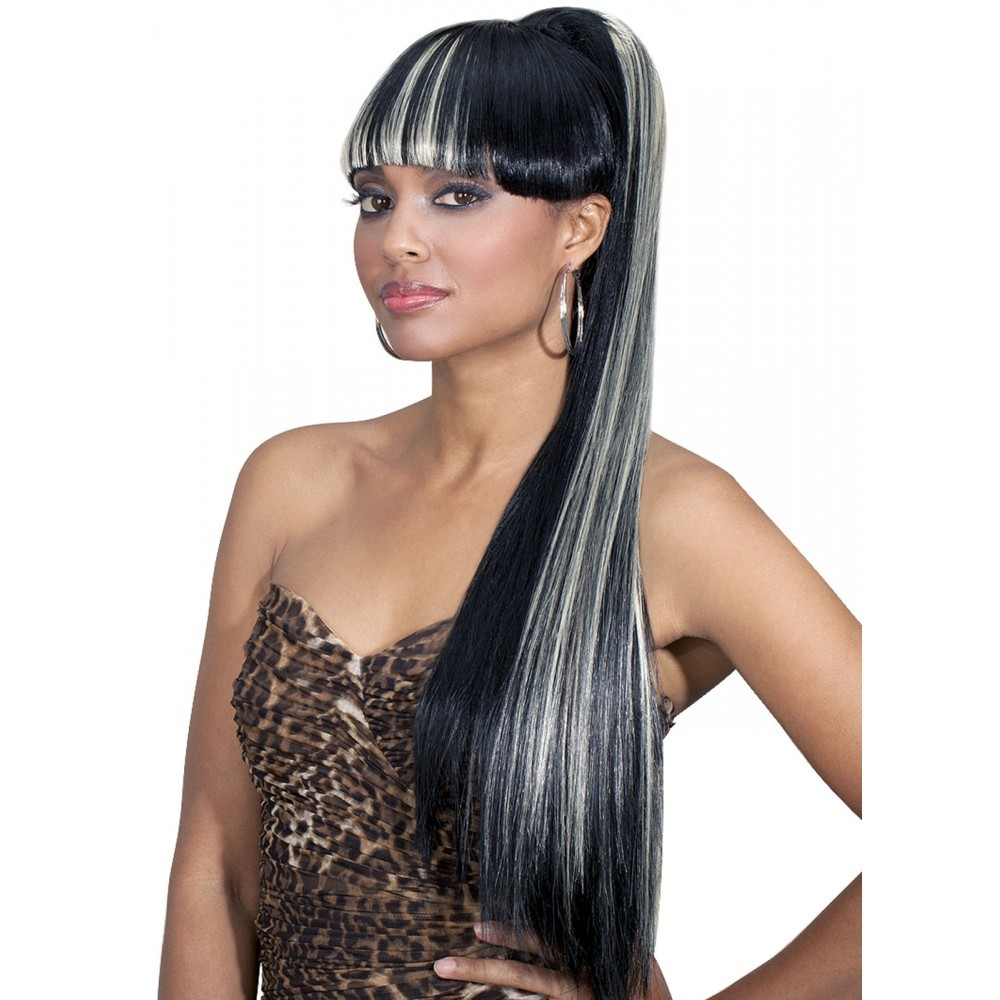 Black girl Straight ponytail with straight bangs