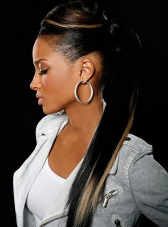 black girl Ponytail with highlights
