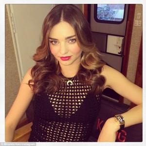 Miranda-Kerr-charming-curls