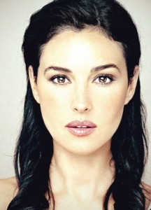 Monica Bellucci - Naturally Straight - Haircut for Women over 50