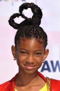 box-braid-hairstyle-for-women-heart-bun