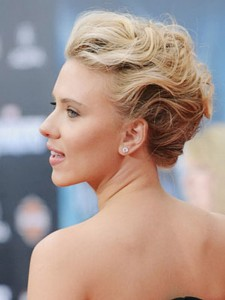 bridal-hairstyles-for-women-short-hair-lacy-curl