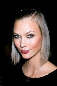 hairstyle-for-girls-with-short-hair-Sleek straight bob