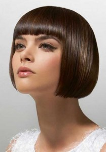 hairstyles-for-older-ladies-Chic and modern blunt cut