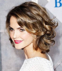 wedding-hairstyles-for-curly-hair-Voluminous Curly Bob Hairstyle